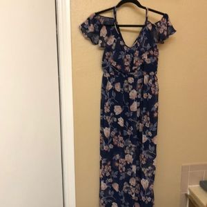 Dresses & Skirts - Buy3Get1Free: NWT Floral Dress from Francesca's M